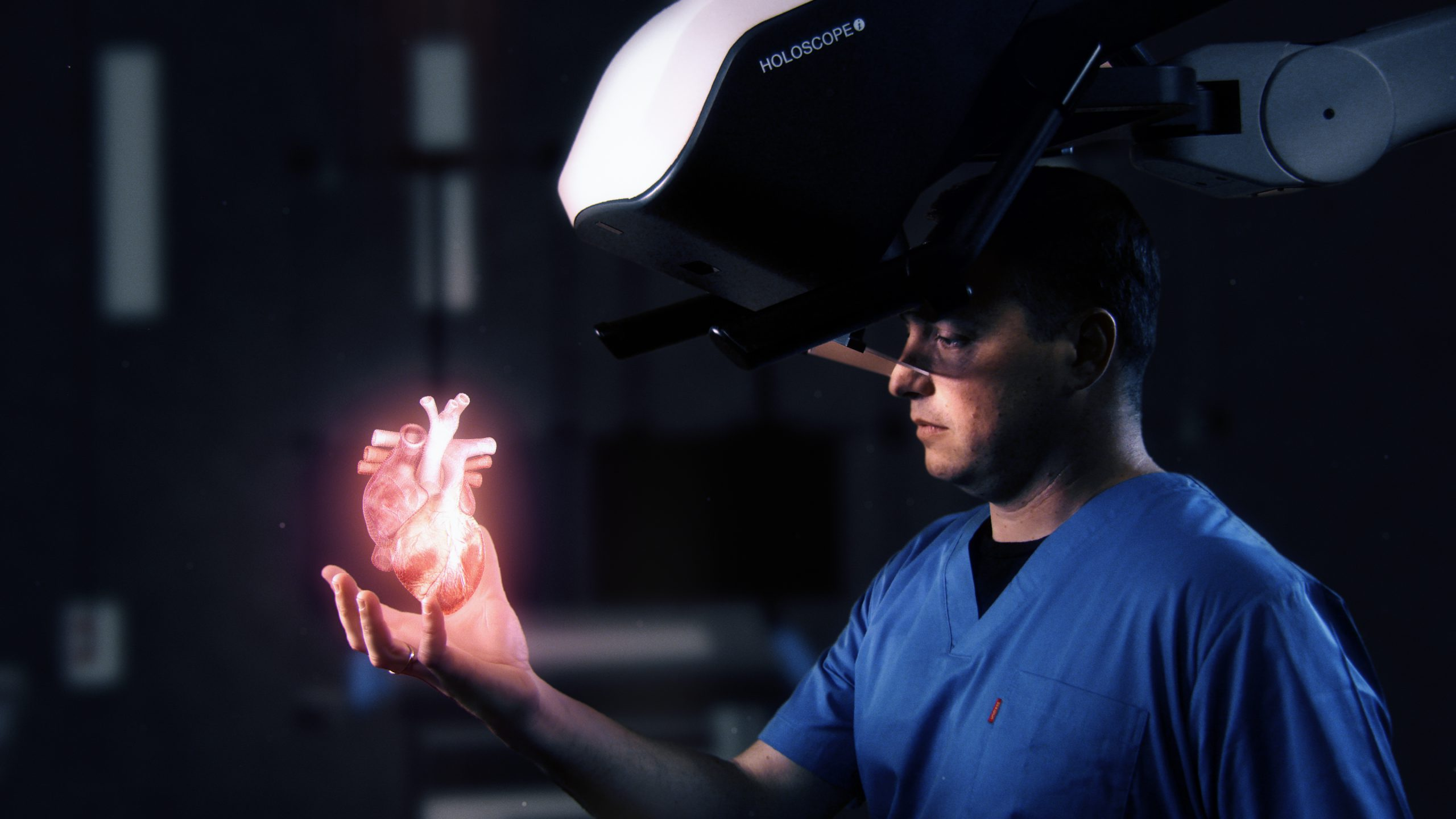כותרת לתמונה: מערכת ה HOLOSCOPE-i של חברת ריל-ויו אימג'ינג - הקרנת הולוגרמות רפואיות אינטרקטיביות בחלל האויר הפתוח מעל החולה בזמן ההליך הרפואי. צילום יחצ
